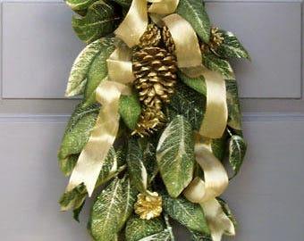 Holiday Magnolia Swag