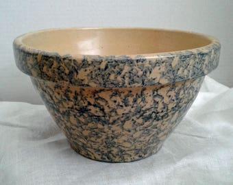 "Blue Sponge Ware Robinson Ransbottom Vintage Blue Sponge Ware Bowl  8"" Diameter 5"" Tall Mixing Bowl Kitchen and Dining Karen Snider"