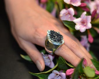 ring with covellite and silver coated