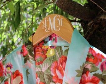 Personalized Bridal Hanger | Wedding Hangers | Bridesmaids Hanger | Bride Hanger | Mrs Hanger | Custom Hanger | Name Hanger