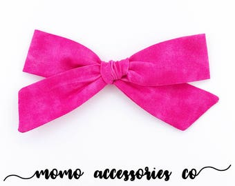 MiLa HaNd - TiEd BoWs Oversized/Hot Pink Marble