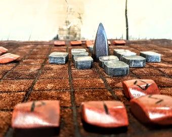 Hnefatafl Board Game/Runes