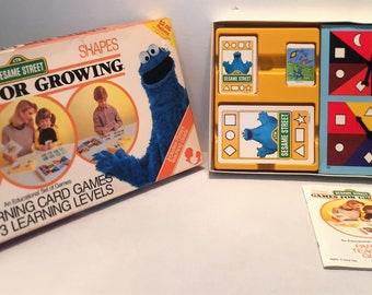 1986 Sesame Street Games For Growing Shapes Complete in Great Condition FREE SHIPPING