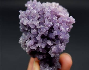 Extreme sparkle - 117g Grape Agate Botryoidal Chalcedony