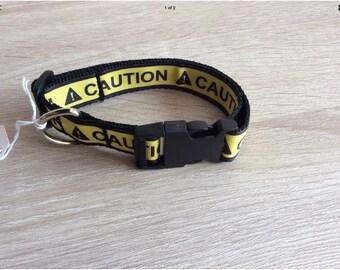 "Medium dog collar adjustable novelty Yellow "" CAUTION"" design"