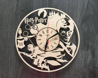 Harry Potter wall clock in wood gift personalized rustic Art wall Decor wooden house Steampunk kids wall clock