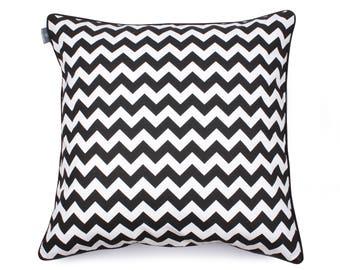 We Love Beds Zig Zag Pillow Case