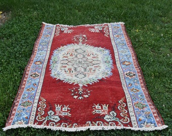 Red Color Turkish Rug Free Shipping Vintage Oushak Rug 3.4 x 5.3 feet Bohemian Rug Home Decor Aztec Rug Floor Rug Area Rug Boho Rug Code213