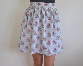 "Rose print gathered skirt handmade using vintage floral fabric size UK 14/ 31"" waist, vintage rose summer skirt, above the knee floral skirt"
