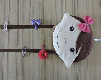 Tie bars Brown hanging doll