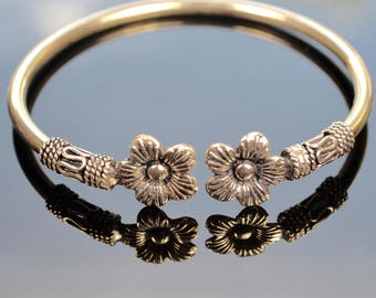 Flower Power- Bangle Bracelet in Sterling Silver with intricate flower