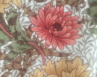 "William Morris""Chrysanthemum""/An original screen print/Sandersons/Vintage Fabric"