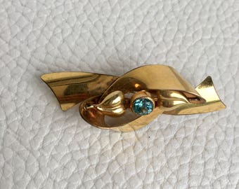 GOLD & TOPAZ Walter Lampl Stamped Bow-Shaped Brooch with Heart Shaped Leaves. Glamorous Costume Jewellty #BossBabe