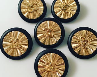 Sale-Set x 6  -Set x 6 (22mm) Vintage Estate Sale Preowned Black and Goldtone Sunburst Buttons - RARE