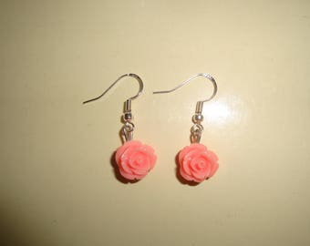 earring in 925 sterling silver rose colored resin rose
