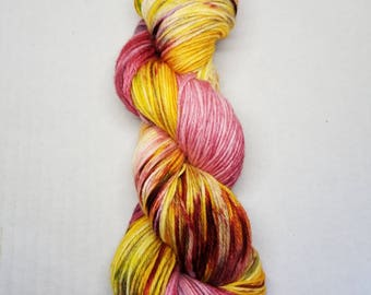 Hand dyed yarn  indie yarn sport weight merino sock yarn 274 yards 100g speckle dyed yarn