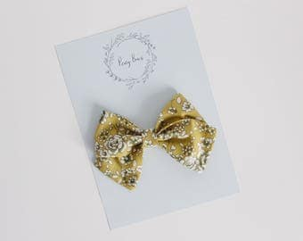 Skippy bow | lime floral