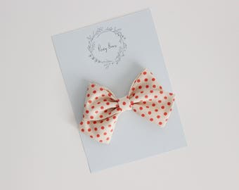 Skippy bow | polkadot