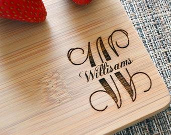 Personalized Cutting Board, Monogram Cutting Board, Wedding Gift, Anniversary Gift, Housewarming Gift, Custom Cutting Board. CB 121