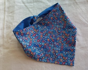 Shaped Tie End Dog Bandana - Reversible Multi-Coloured Circles/Bright Blue with Sparkly Stars