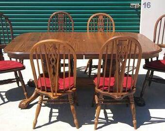 Vintage 7 Piece Solid Wood Formal Dining Room Set - Brown