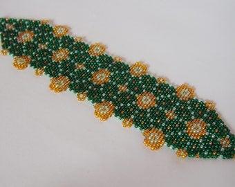 Batik Green Truntum, Beaded Bracelet, Peyote Stitch