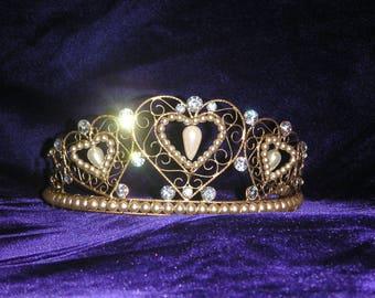 Gold heart pearl Tiara