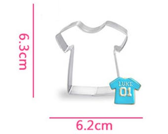 Baby T-shirt Cookie Cutter- Fondant Biscuit Mold - Pastry Baking Tool Set