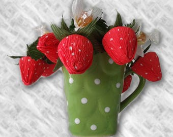 Bonbon Art Strawberries in a Cup - 14 bonbons, Gifts for Her, Bridesmaids Gifts, Wedding Gift Ideas