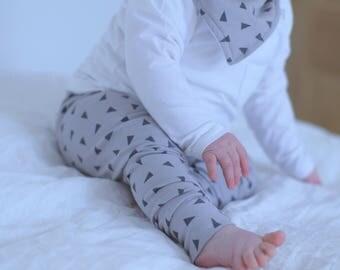 Baby Leggings, Toddler Leggings, Grey Leggings, Triangle Leggings, Unisex Leggings, Girl Leggings, Boy Leggings, Autumn Leggings
