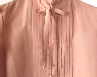 FREE SHIPPING 70s 80s  Button Blouse, Vintage Blouse, Pink, Size small Size 4