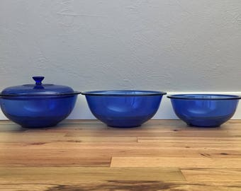 Vintage Cobalt Blue Pyrex Nesting Bowls