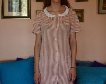 Vintage Peter Pan collar dress
