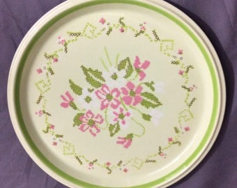 "Vintage Mikasa Dinner Plate Needcraft #c6401 Green with Pink Floral 10 5/8"" Diameter"