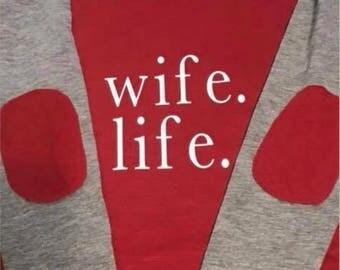 Wife Life Designs Preppy Patch Slub Long-Sleeved Tee