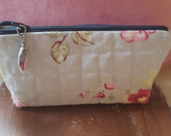 Pretty Pale Blue Quilted make-up bag