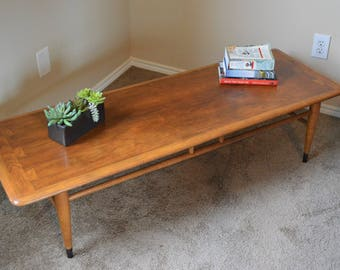 Vintage mid century Lane Acclaim coffee table