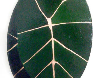Leaf Painting on Canvas. Green and gold painting.