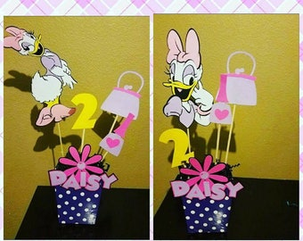 Daisy Duck centerpieces...disney centerpiece...mickey mouse clubhouse birthday party