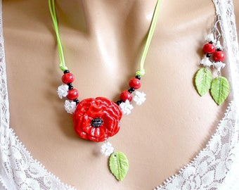 Set jewelry poppy wild poppy red and green porcelain leaves cold