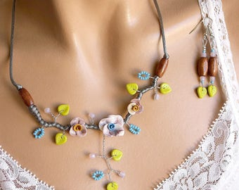 Floral whimsical jewelry set