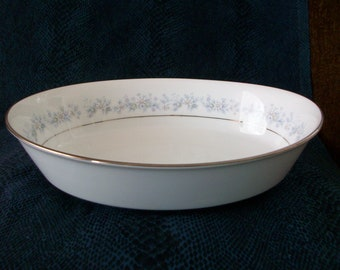 "Nortake Marywood Fine China, Patter #2181 - Oval Vegetable Bowl - 9-5/8"" x 7-3/8"""