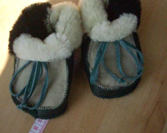 Baby lamb fur shoes for about 6-8 months