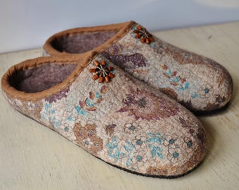 """Slippers felted """"Coffee aroma"""""""