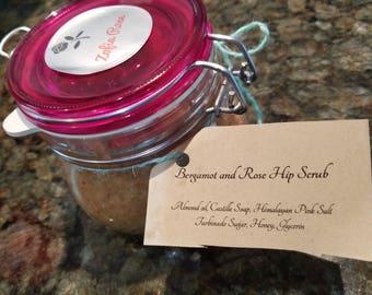 Bergamot and Rose Hip Body Scrup