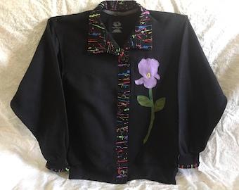 Woman's sweatshirt size large, black