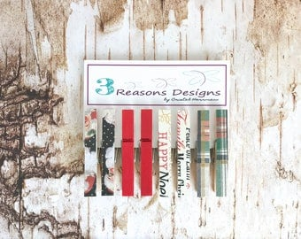 Christmas Clothespins - Christmas decor - Decorative Clothespins - Holiday Decor - Photo Banner - Fridge Magnets - Holiday Clips - chip clip