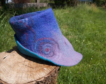 Blue Purple fedora felted hat / Purple spiral robin hood hat / felted robin hood hat / Purple spiral felted hat / blue fedora robin hood hat