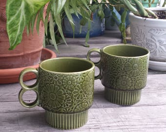 Green Daisy Stackable Trigger Mug