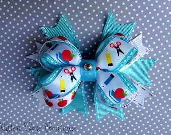 Back To School Bow,School Bow,School,Blue and White Bow,Kids Hair Accessories,Kids Fashion,Hair Bow,Hair,Bows,Girls Hair Bow,Boutique Bow